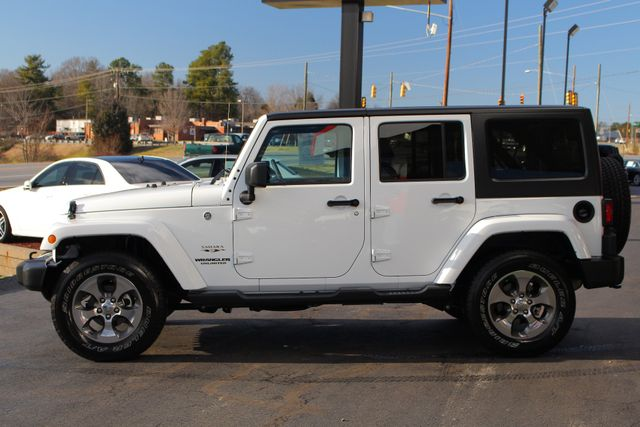 2017 Jeep Wrangler Unlimited Sahara 4X4 - ONE OWNER! Mooresville , NC 14