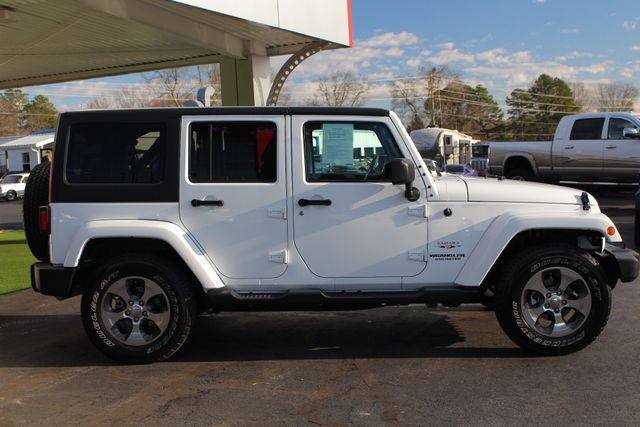 2017 Jeep Wrangler Unlimited Sahara 4X4 - ONE OWNER! Mooresville , NC 13