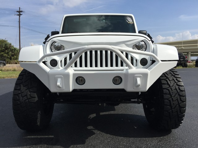 2017 jeep wrangler storm trooper sahara leather lifted ebay. Black Bedroom Furniture Sets. Home Design Ideas