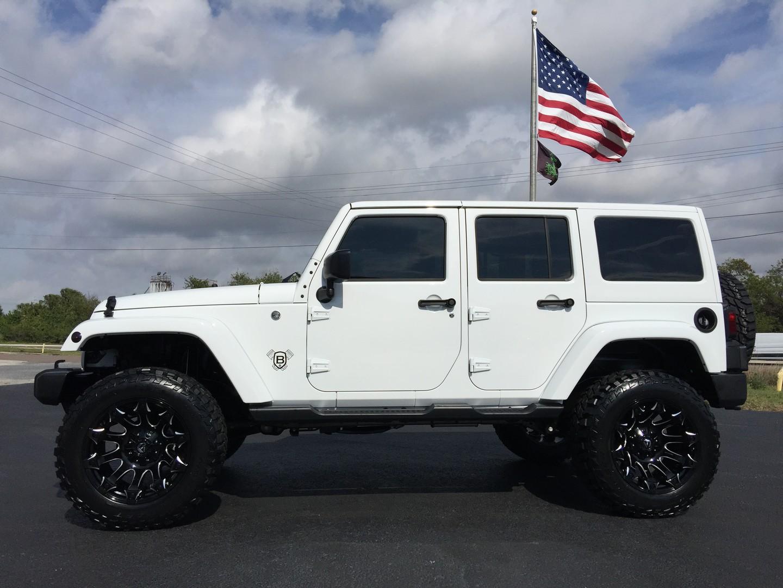 2017 jeep wrangler unlimited custom lifted sahara 35s. Black Bedroom Furniture Sets. Home Design Ideas