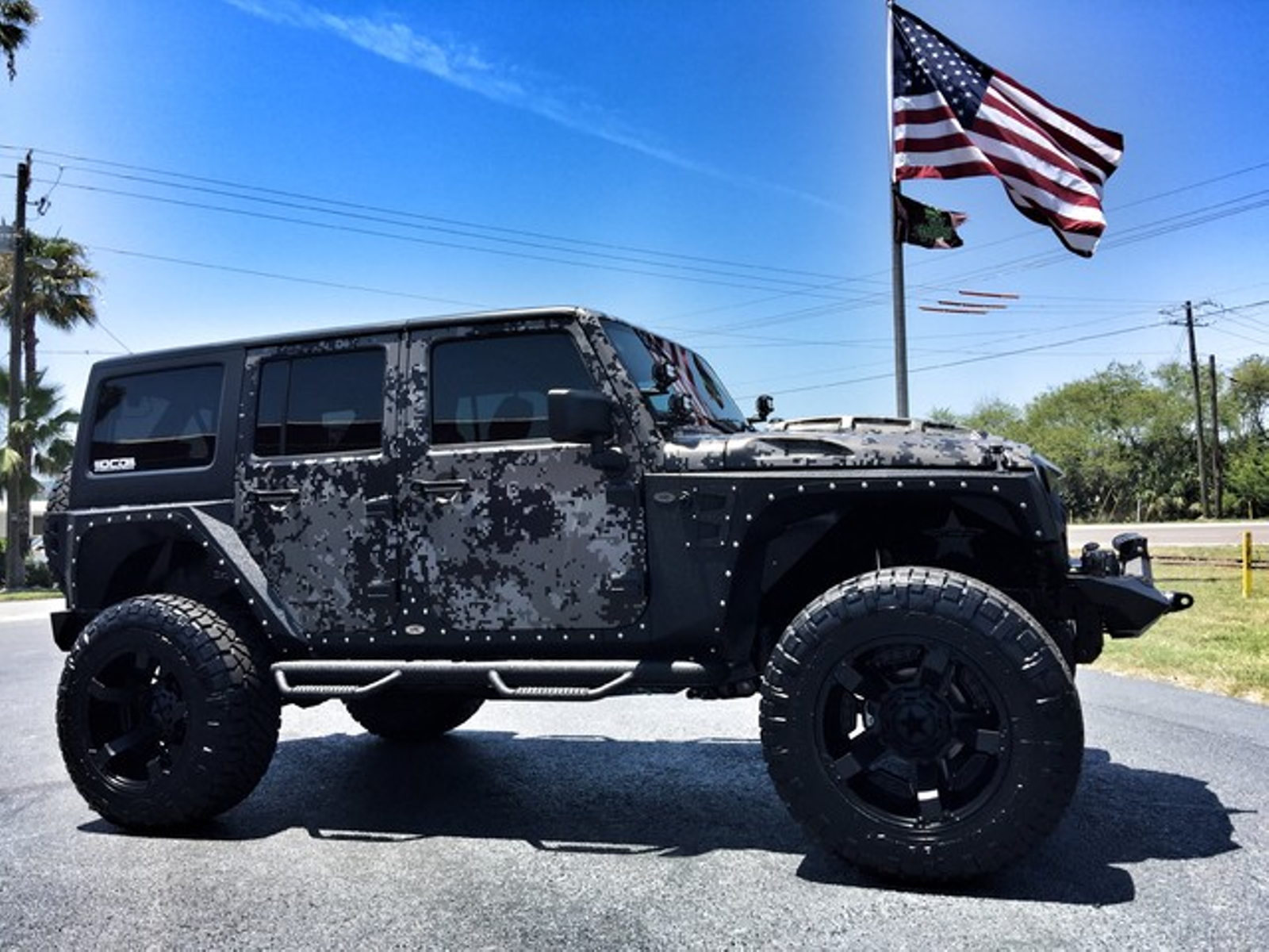 2017 Jeep Wrangler Unlimited Digi Camo Lifted Leather