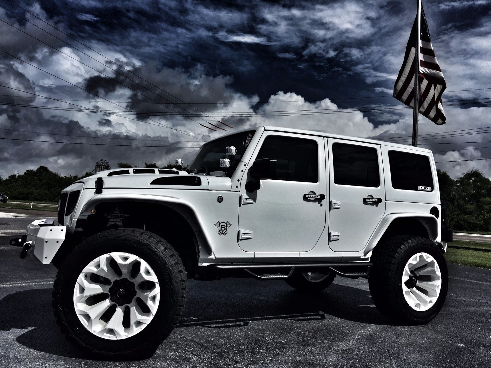 2017 jeep wrangler unlimited custom lifted whiteout leather florida bayshore automotive. Black Bedroom Furniture Sets. Home Design Ideas