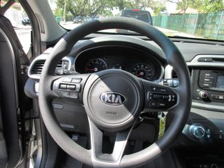2017 Kia Sorento LX V6 Miami, Florida 13