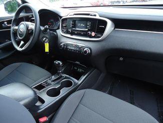 2017 Kia Sorento LX V6 AWD SEFFNER, Florida 3