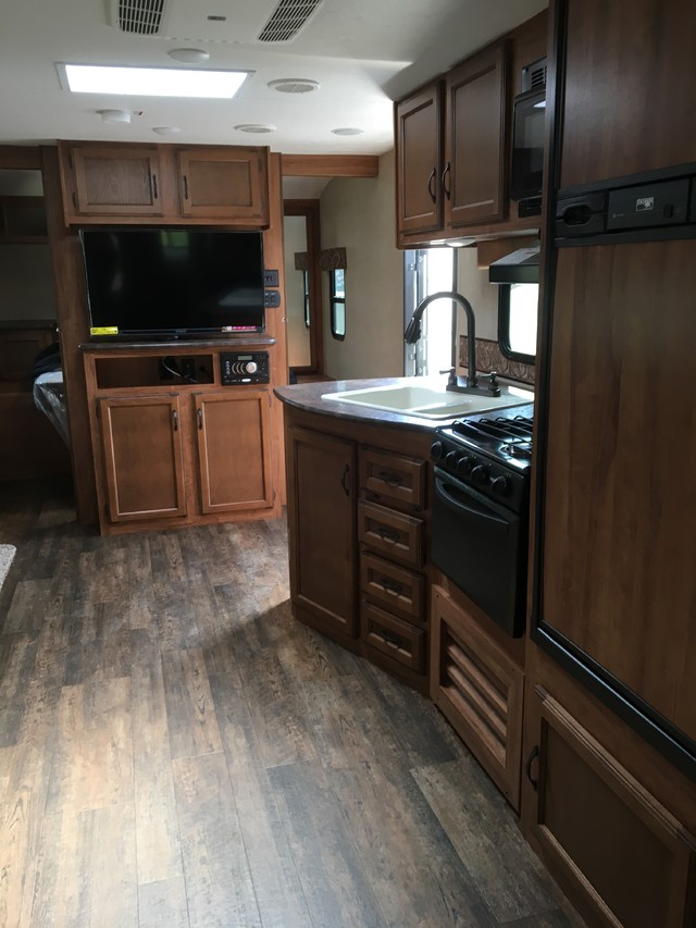 2017 Kz Connect 283BHS Mandan, North Dakota 5