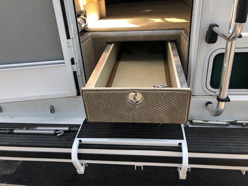 2017 Lance 995  in Mesa, AZ
