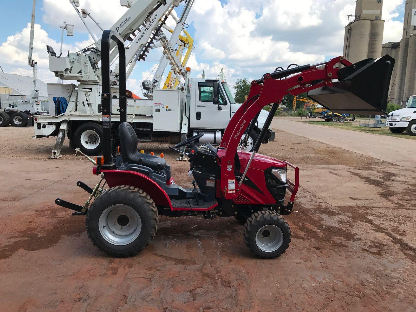2017 Mahindra Max 22 Wind Tires City Tx North Texas Equipment