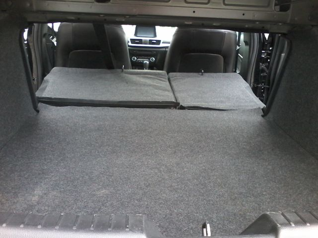 2017 Mazda Mazda3 4-Door Touring San Antonio, Texas 10