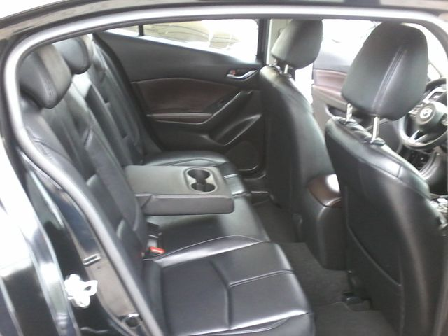 2017 Mazda Mazda3 4-Door Touring San Antonio, Texas 11