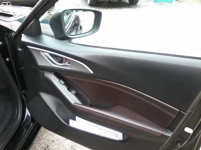 2017 Mazda Mazda3 4-Door Touring San Antonio, Texas 15