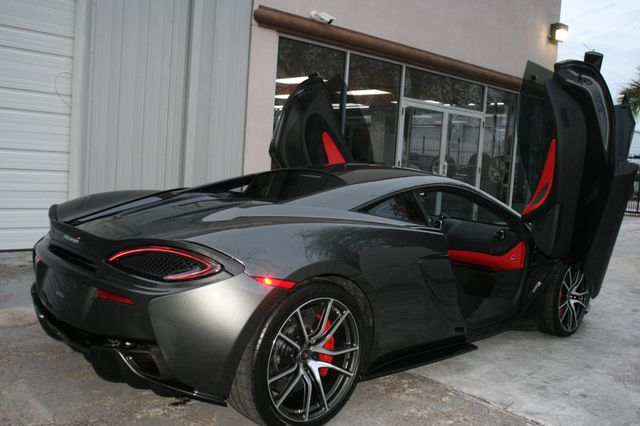 2017 Mclaren 570S Houston, Texas 6