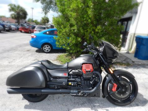 2017 Moto Guzzi MGX-21 MGX21 Flying Fortress *FACTORY WARRANTY! in Hollywood, Florida