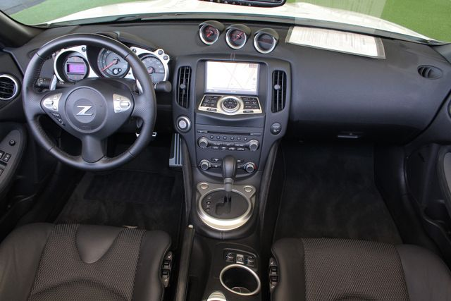 2017 Nissan 370Z Roadster RWD-NAV-HEATED/COOLED LEATHER Mooresville , NC 31