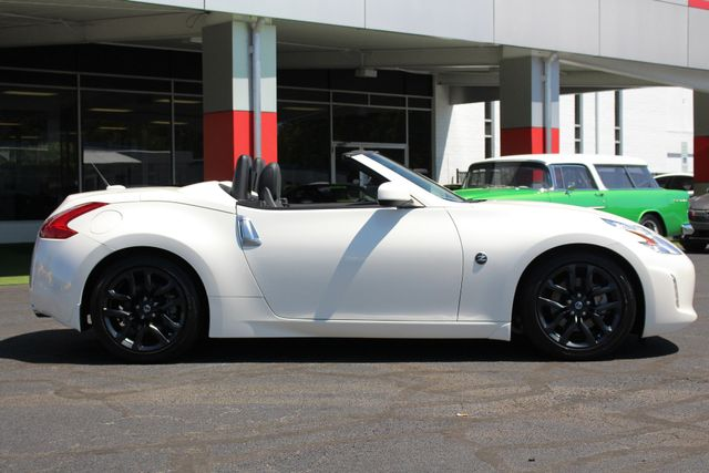 2017 Nissan 370Z Roadster RWD-NAV-HEATED/COOLED LEATHER Mooresville , NC 12