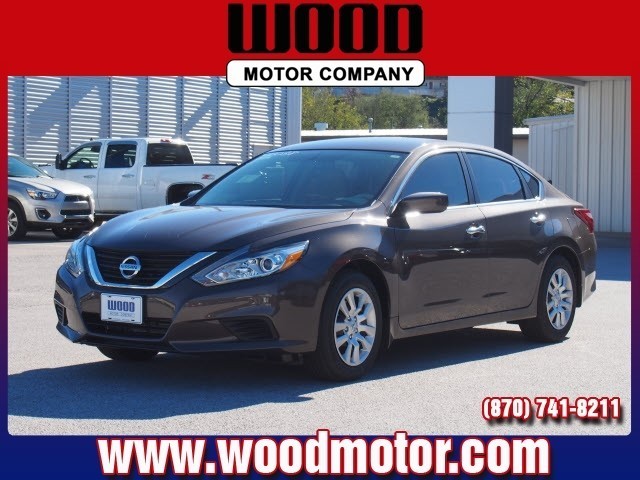2017 Nissan Altima S Harrison, Arkansas 0