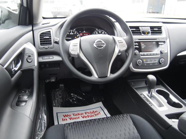 2017 Nissan Altima S Harrison, Arkansas 4