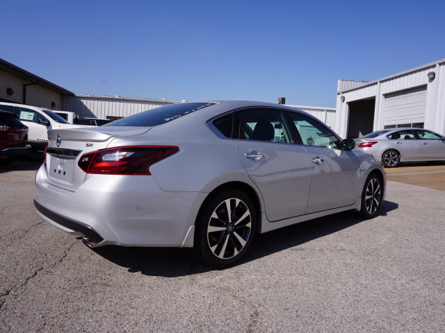 2017 Nissan Altima 2.5 SR Harrison, Arkansas 2