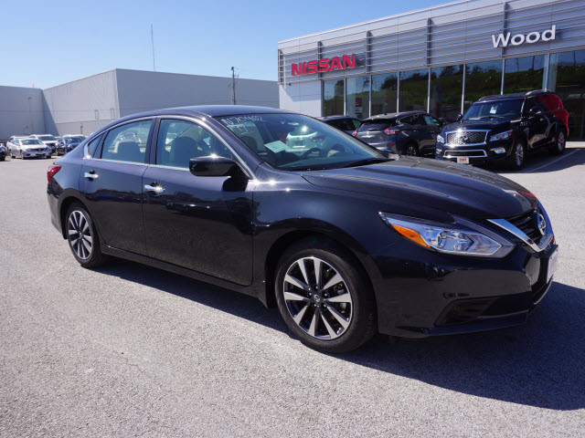2017 Nissan Altima 2.5 SV Harrison, Arkansas 3