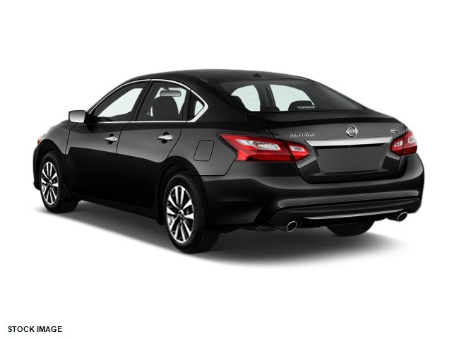 2017 Nissan Altima 2.5 SV Harrison, Arkansas 1