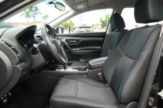 2017 Nissan Altima 2.5 SV Hialeah, Florida 10