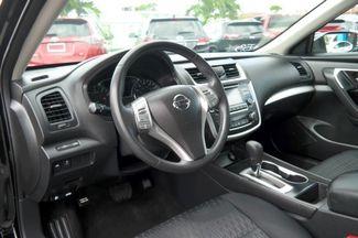 2017 Nissan Altima 2.5 SV Hialeah, Florida 12