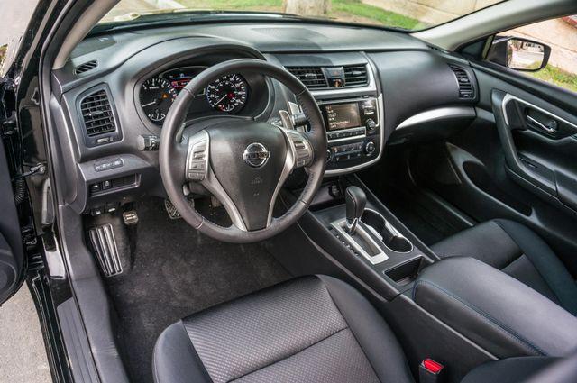 2017 Nissan Altima 2.5 SR *SALVAGE TITLE* Reseda, CA 15