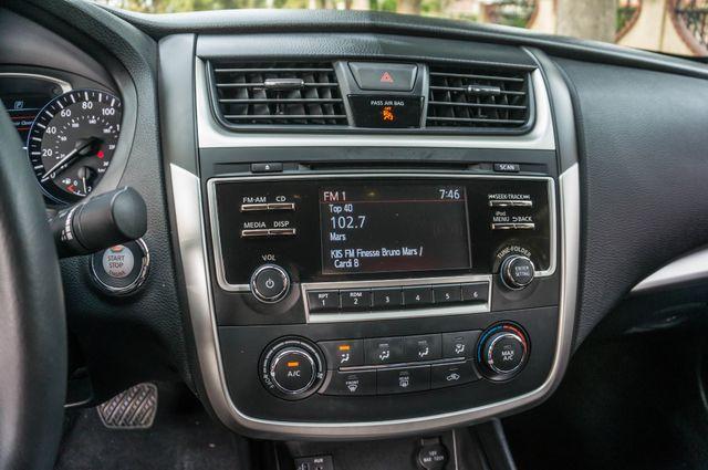 2017 Nissan Altima 2.5 SR *SALVAGE TITLE* Reseda, CA 27