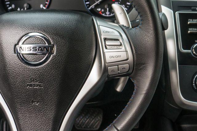 2017 Nissan Altima 2.5 SR *SALVAGE TITLE* Reseda, CA 21