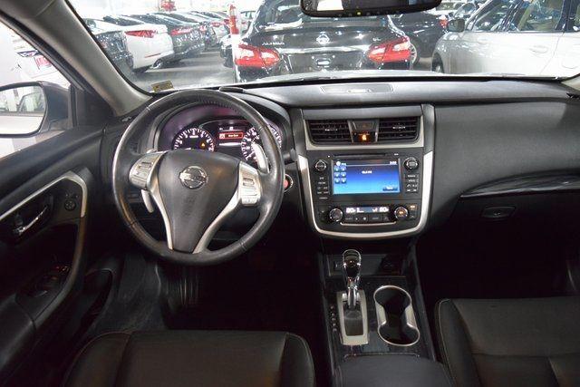 2017 Nissan Altima Richmond Hill, New York 19