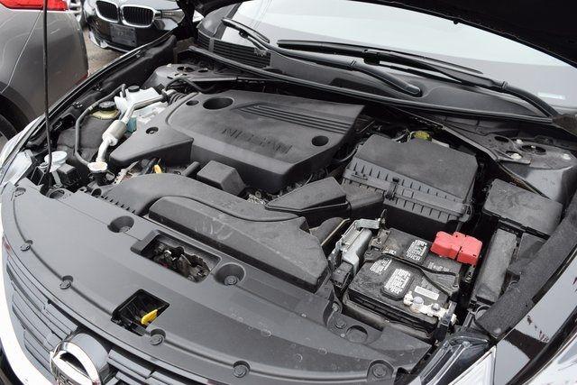 2017 Nissan Altima 2.5 SV Richmond Hill, New York 11