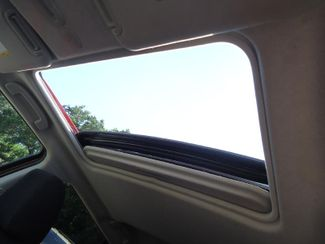 2017 Nissan JUKE SV. SUNROOF. PUSH START. CAMERA SEFFNER, Florida 31
