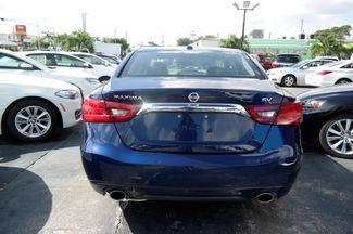 2017 Nissan Maxima SR Hialeah, Florida 4