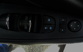 2017 Nissan Maxima SV. LEATHER. NAVIGATION. HTD SEATS SEFFNER, Florida 28