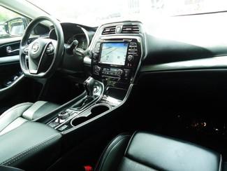 2017 Nissan Maxima SV. LEATHER. NAVIGATION. HTD SEATS SEFFNER, Florida 3