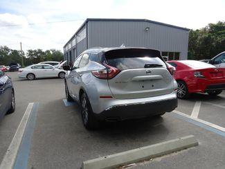 2017 Nissan Murano SV. NAVIGATION SEFFNER, Florida 9