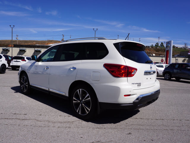 2017 Nissan Pathfinder Platinum Harrison, Arkansas 1