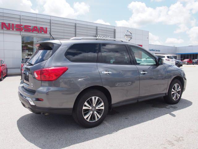 2017 Nissan Pathfinder SV Harrison, Arkansas 3