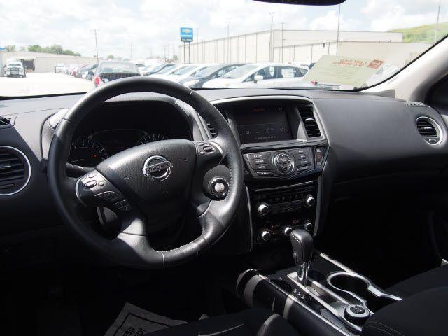2017 Nissan Pathfinder SV Harrison, Arkansas 6