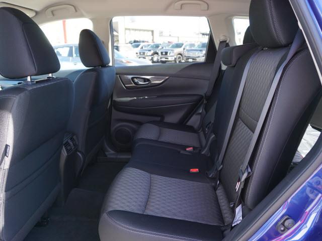 2017 Nissan Rogue SV Harrison, Arkansas 5