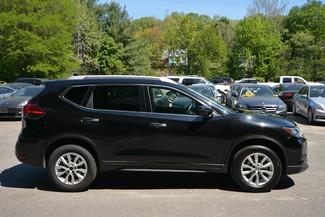 2017 Nissan Rogue SV Naugatuck, Connecticut 5