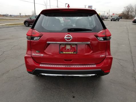 2017 Nissan Rogue S AWD | Rishe's Import Center in Ogdensburg, New York