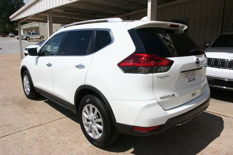 2017 Nissan Rogue SV in Vernon, Alabama