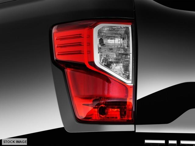 2017 Nissan Titan SL Harrison, Arkansas 12