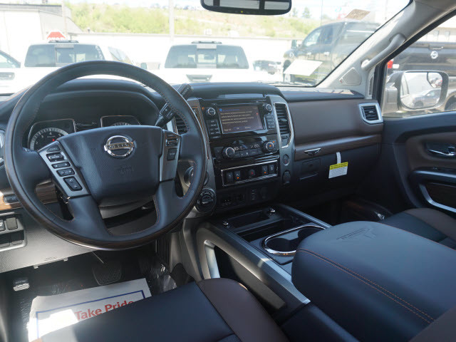 2017 Nissan Titan Platinum Reserve Harrison, Arkansas 3