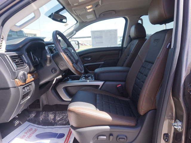2017 Nissan Titan Platinum Reserve Harrison, Arkansas 4