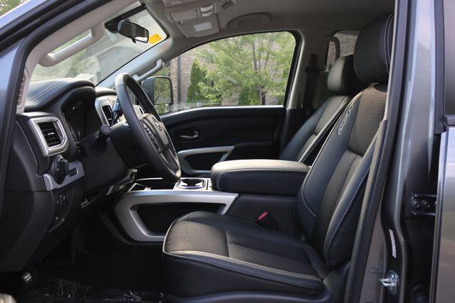 2017 Nissan Titan PRO-4X Mooresville, North Carolina 12