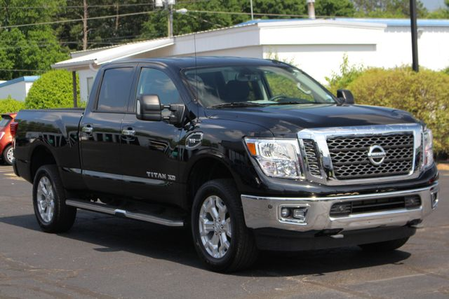 2017 Nissan Titan XD SV Crew Cab RWD W/ COMFORT/CONVENIENCE PKG! Mooresville , NC 21
