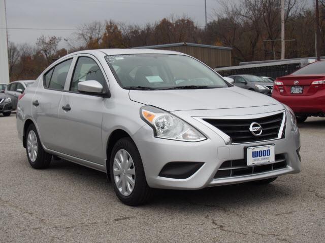 2017 Nissan Versa Sedan S Plus Harrison, Arkansas 3