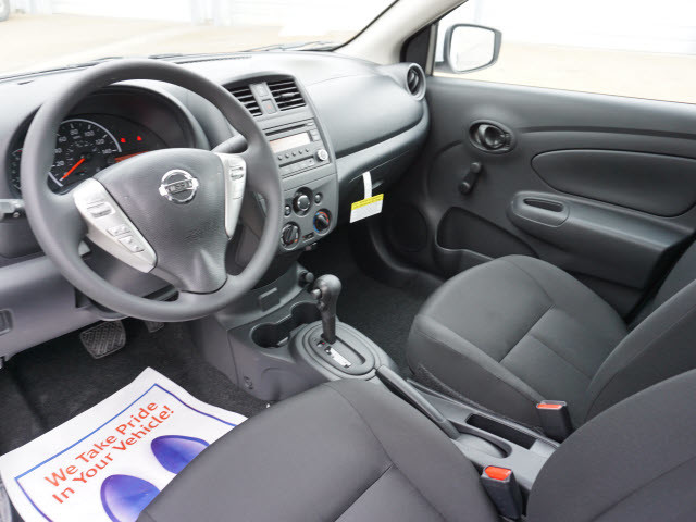 2017 Nissan Versa Sedan S Plus Harrison, Arkansas 4