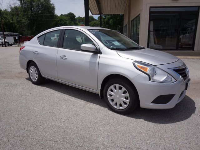 2017 Nissan Versa Sedan SV Harrison, Arkansas 3